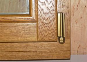 Как ухаживать за деревянными окнами?